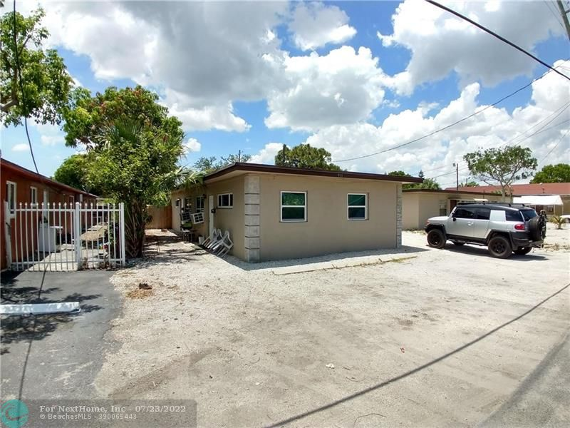911 NW 12th Ave, Fort Lauderdale, FL 33311