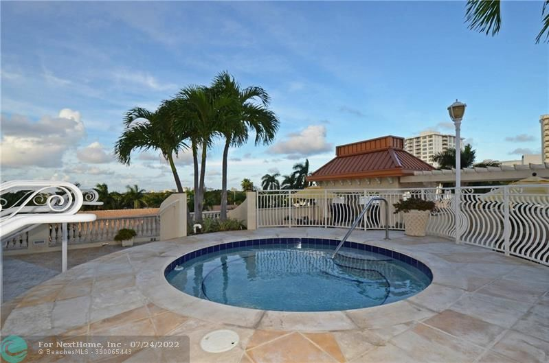 2845 NE 9th St, #905, Fort Lauderdale, FL 33304