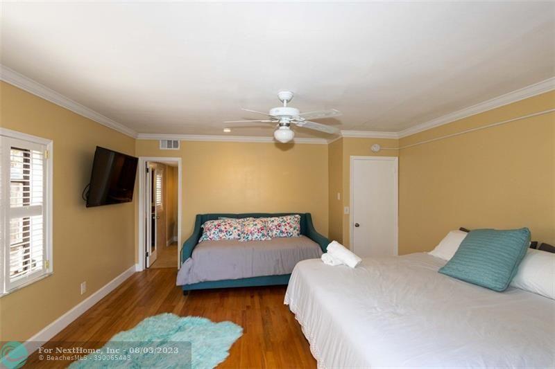 1524 NE 18th Ave, Fort Lauderdale, FL 33304