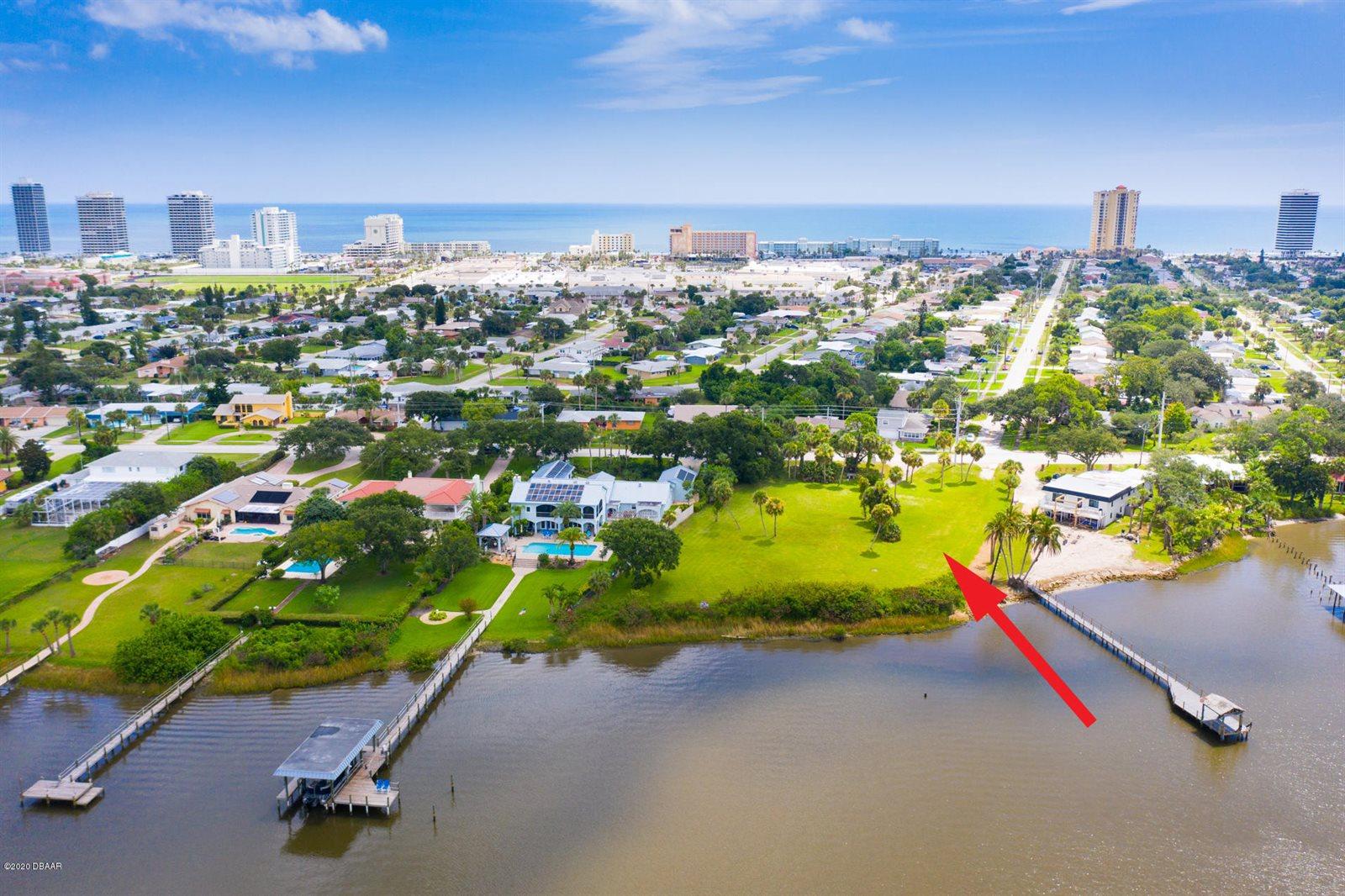 2401 Halifax Avenue, Daytona Beach, FL 32118