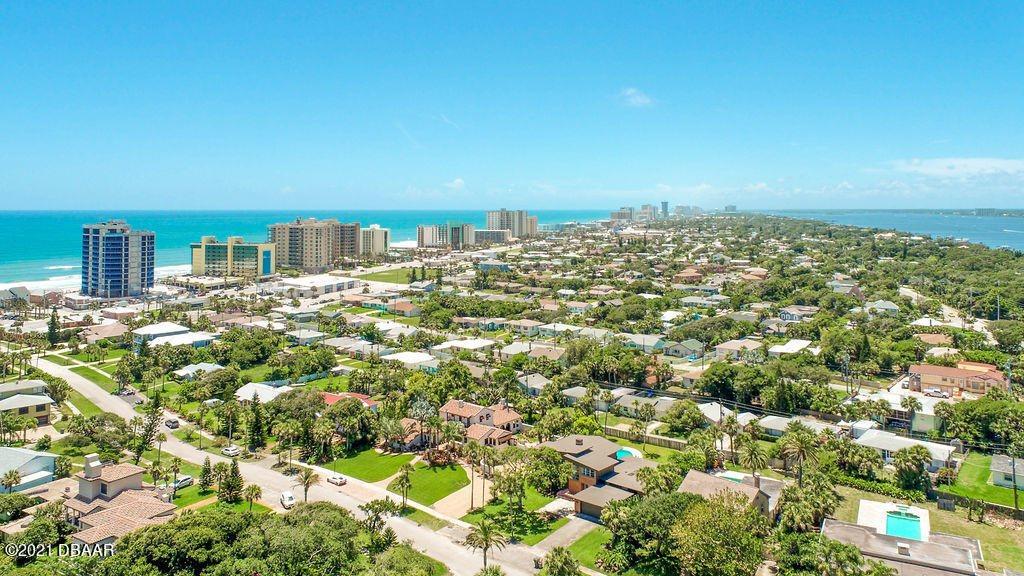 410 Ocean Dunes Road, Daytona Beach, FL 32118