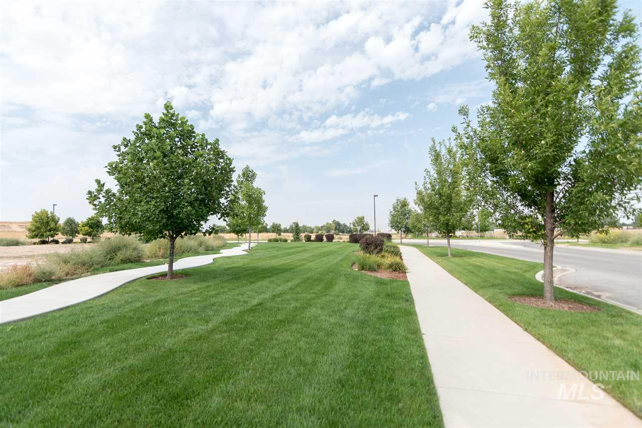 1947 West Wood Chip Dr, Meridian, ID 83642