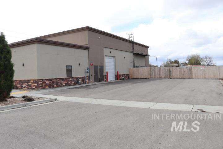 1565 South Rolling Hill Dr, Meridian, ID 83642