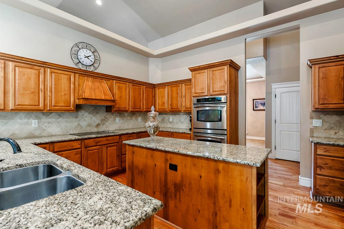 3129 South Silvertip Ln, Meridian, ID 83642