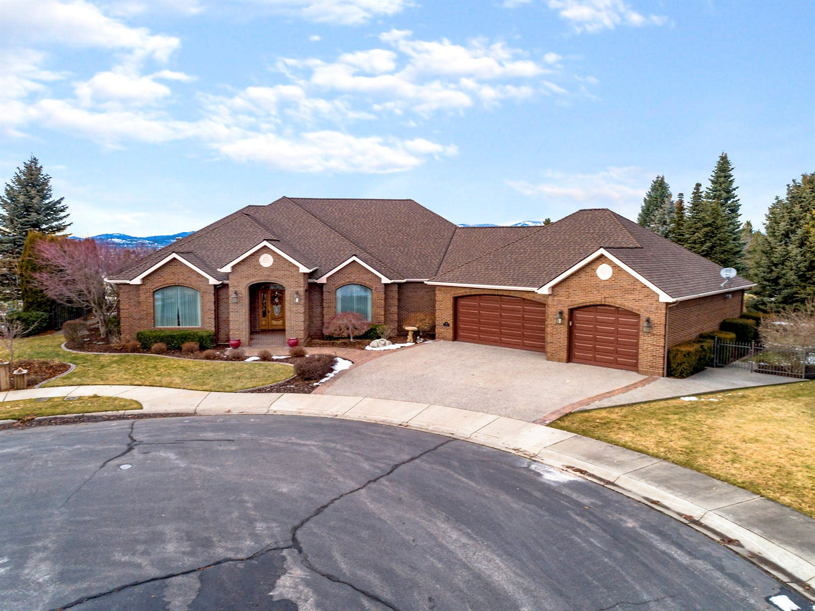 770 North Skye Ct, Post Falls, ID 83854