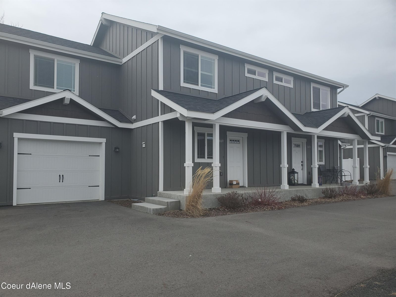 1669&1671 East Horsehaven Ave, Post Falls, ID 83854