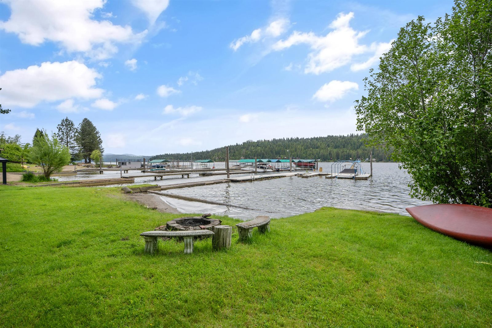 6916 West Boutwell Dr, Coeur d'Alene, ID 83814