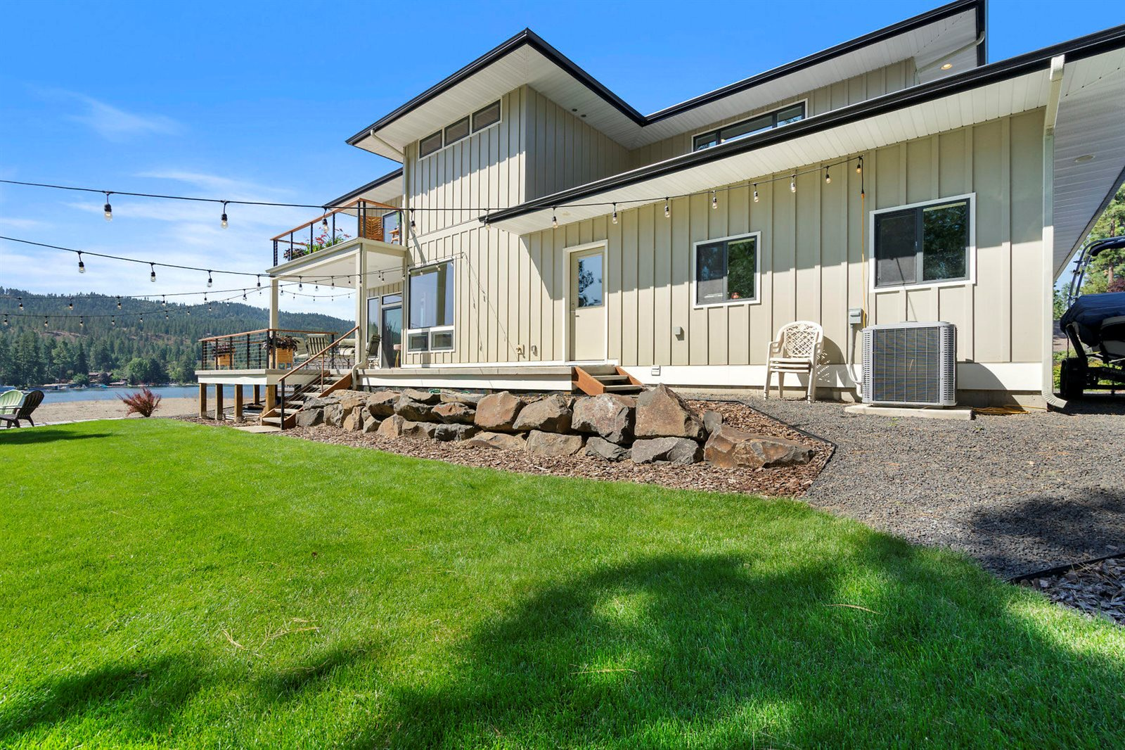 5468 East Marina Ct, Post Falls, ID 83854