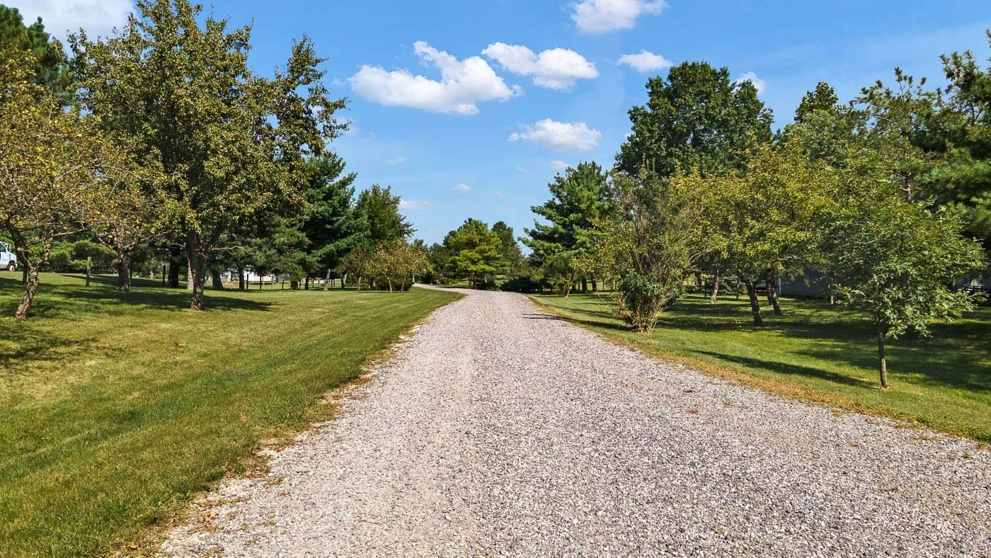 12910 Tonkel Road, Fort Wayne, IN 46845