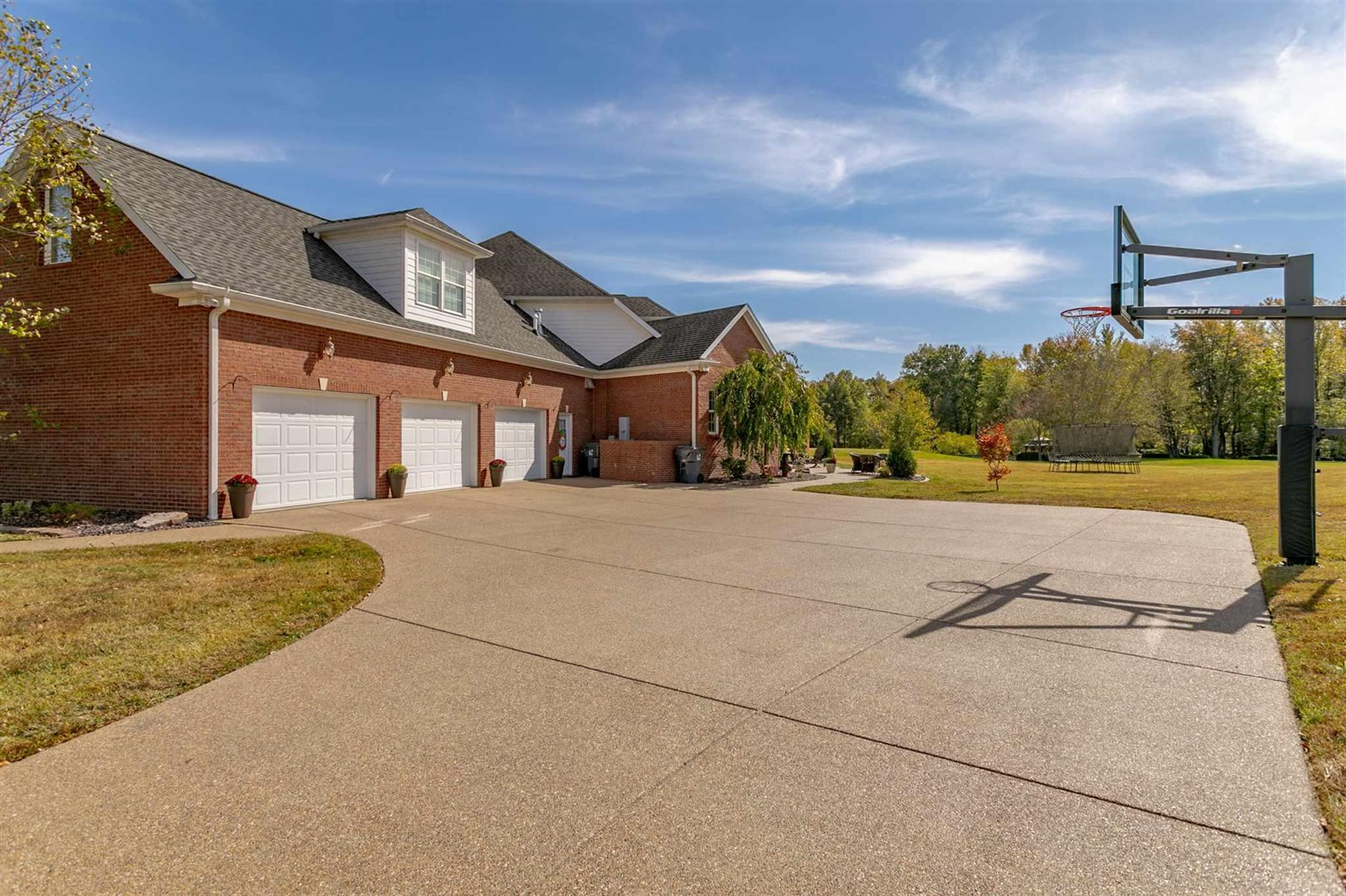13850 Castle Brook Road, Evansville, IN 47725