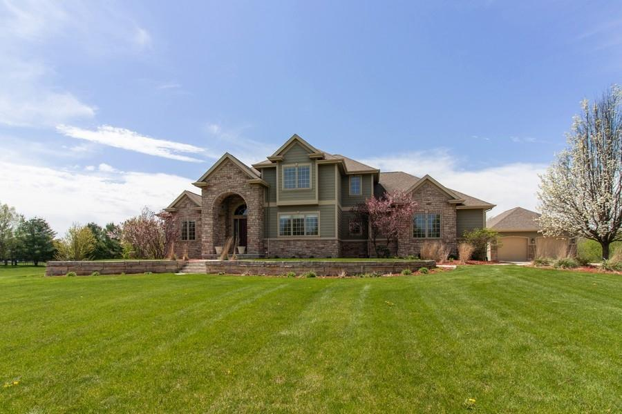 2124 Pintail Ridge Lane, Ames, IA 50010