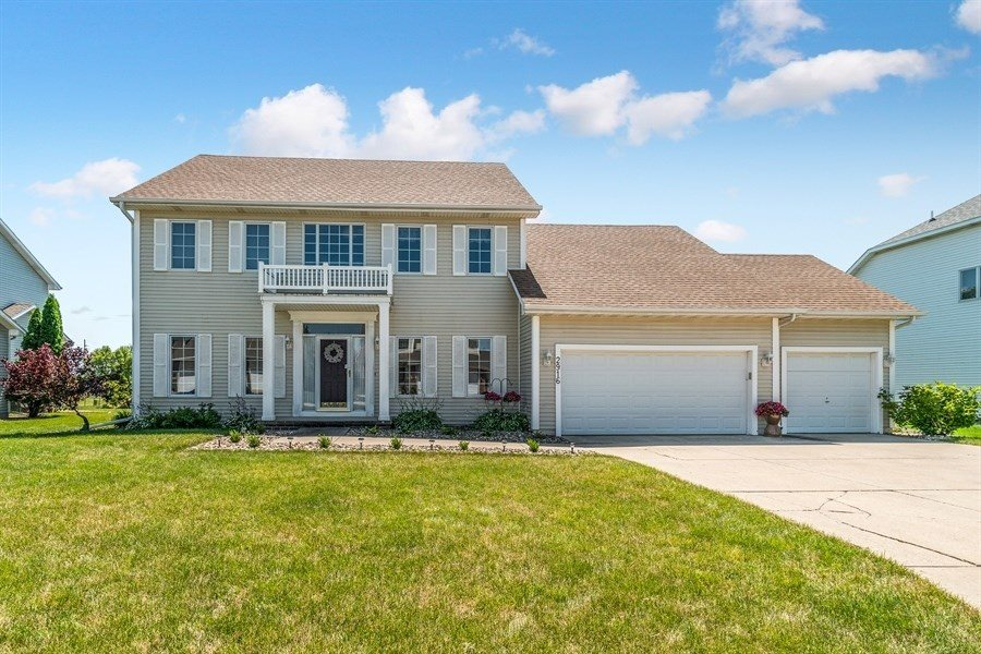 2916 Bayberry Road, Ames, IA 50014