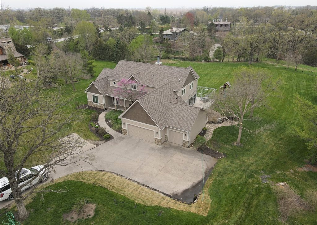 6121 North Fork Road, Ames, IA 50010