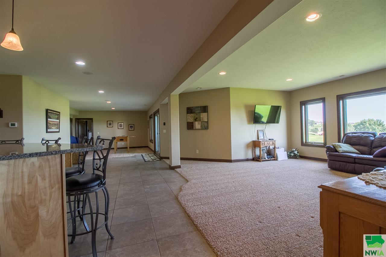 6410 Mickelson St., Sioux City, IA 51106
