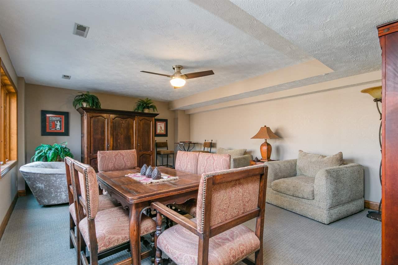 1520 Oakridge Drive, Junction City, KS 66441