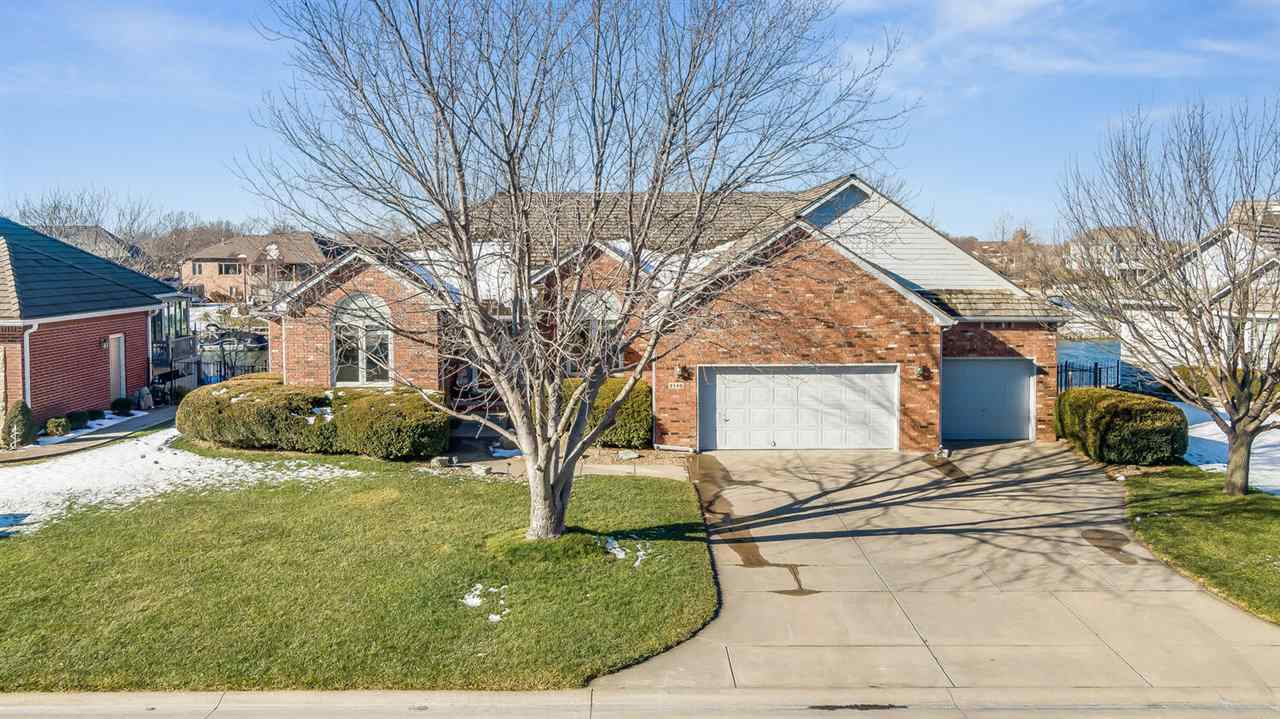 2130 W Timbercreek Ct, Wichita, KS 67204