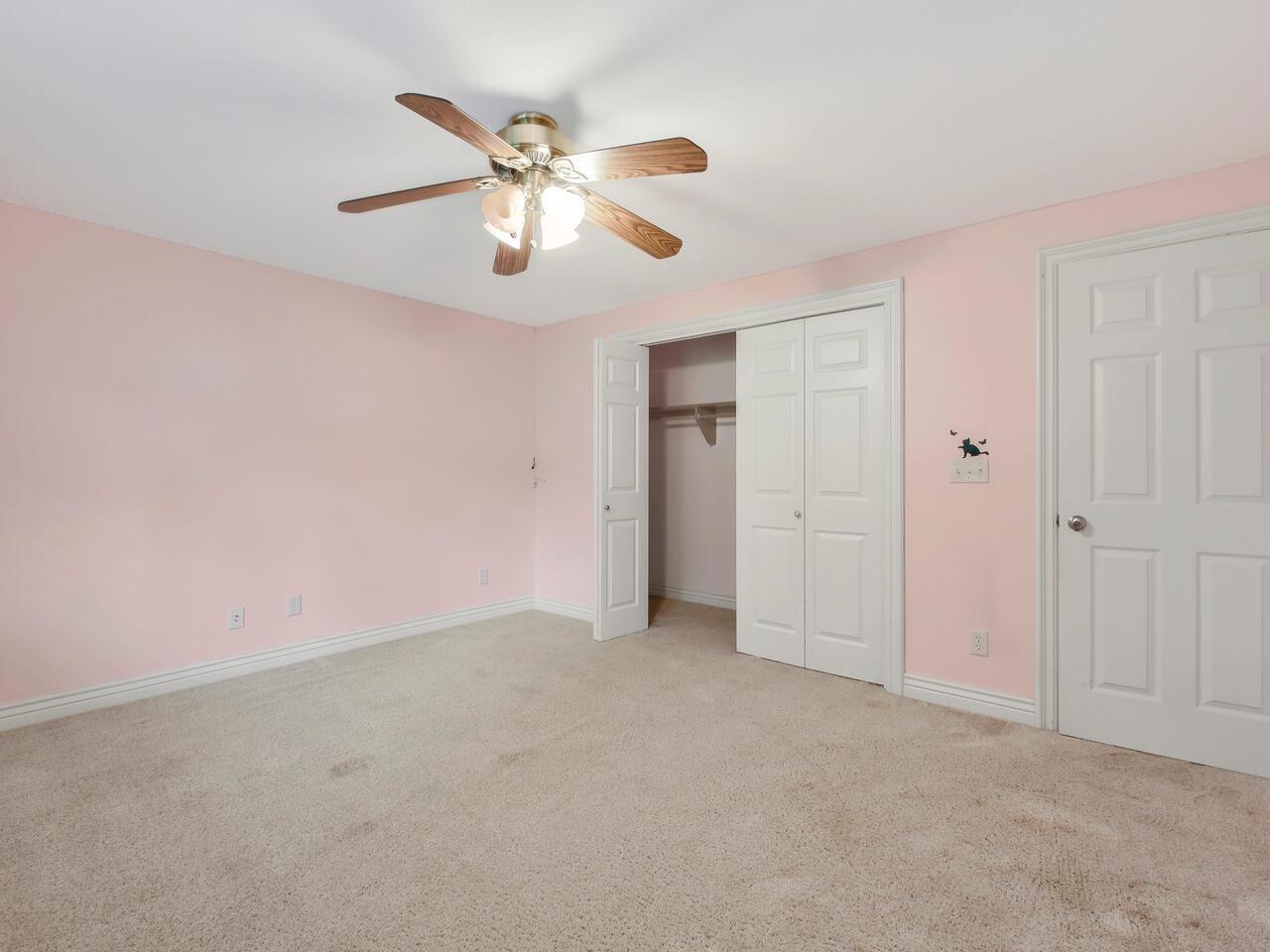 1848 N Paddock Green St, Wichita, KS 67206
