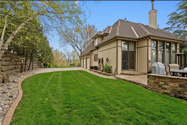 13705 West 54 Terrace, Shawnee, KS 66216