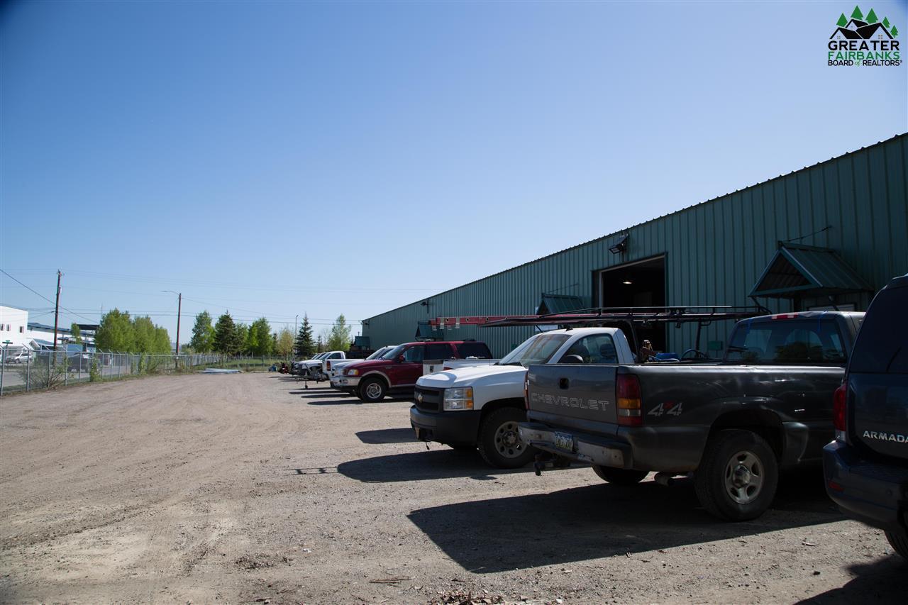 805 Twenty-Seventh, Fairbanks, AK 99701