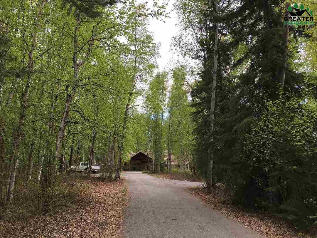 532 Dalton Trail, Fairbanks, AK 99709