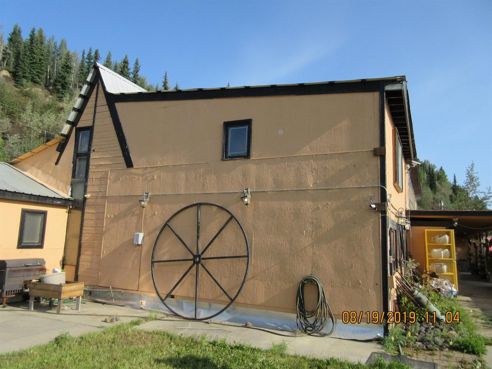 3040 Parks Highway, Fairbanks, AK 99709