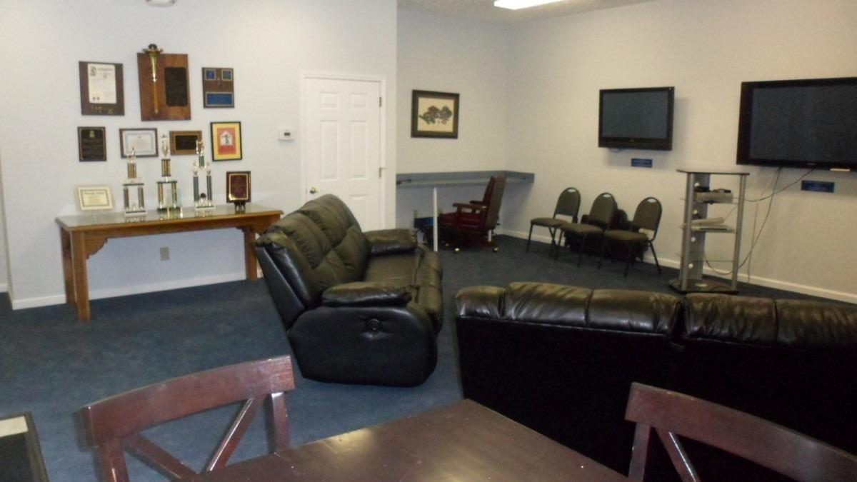 633 Chamberlin Avenue, Frankfort, KY 40601