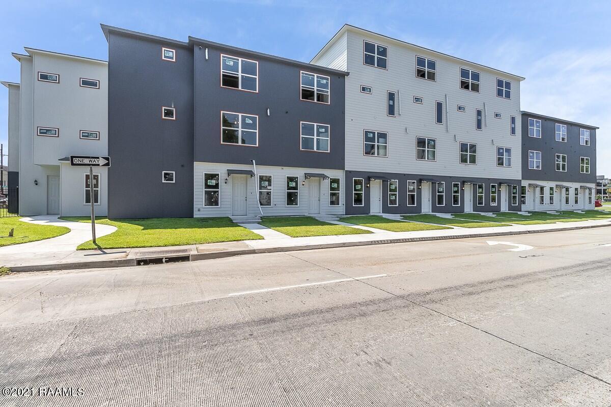305 West Second Street, #207, Lafayette, LA 70501