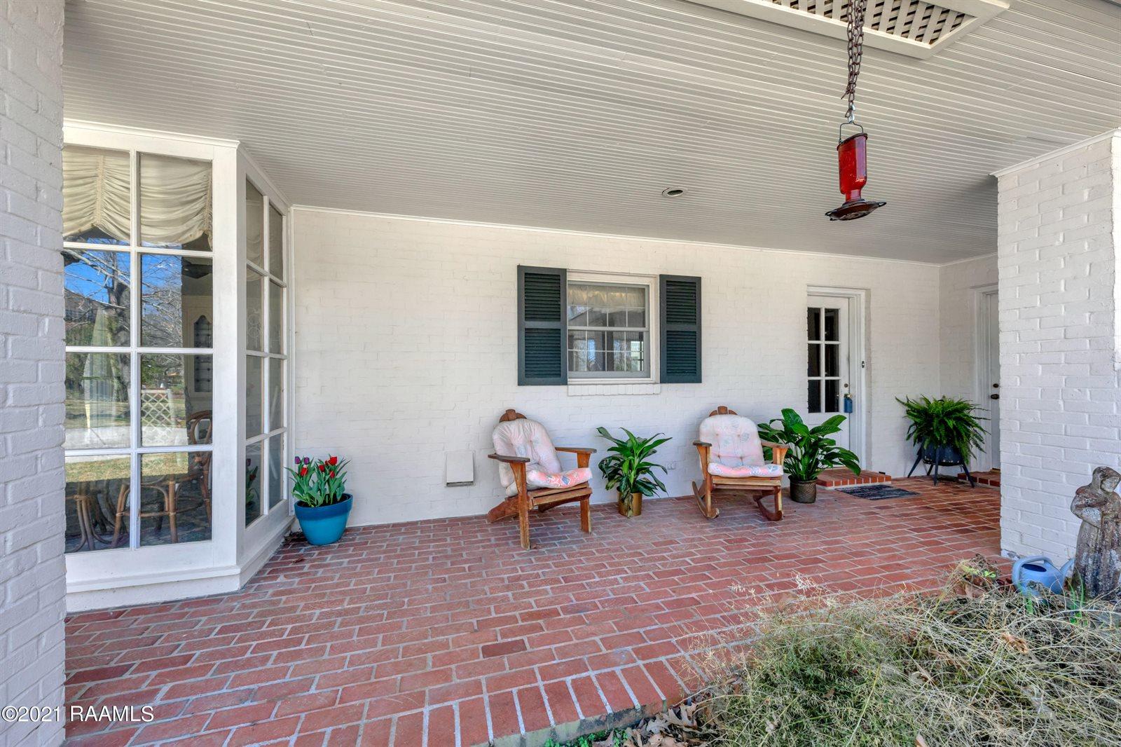 107 Crescent Ridge Place, Lafayette, LA 70503