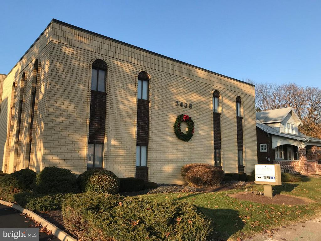 3438 Trindle Road, #100, Camp Hill, PA 17011