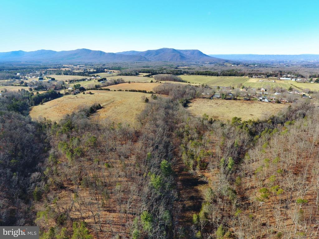 224 Robinson Road, Front Royal, VA 22630