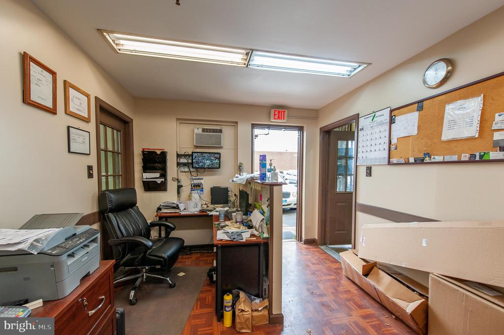 7402 Westmore Road, #1-6, Rockville, MD 20850
