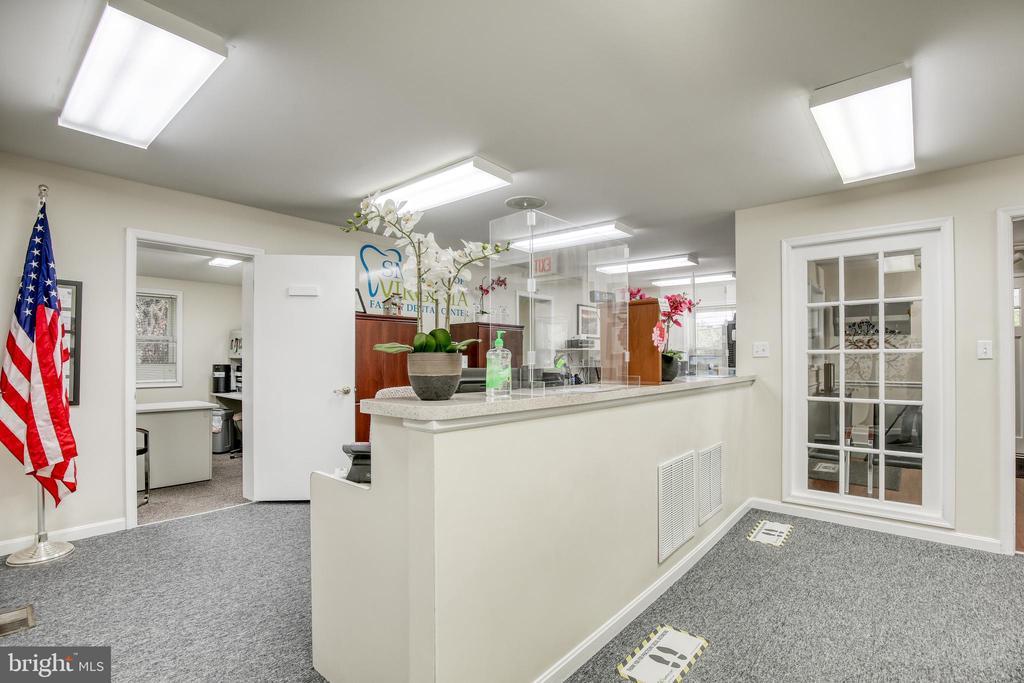 1220 Amherst Street, Winchester, VA 22601