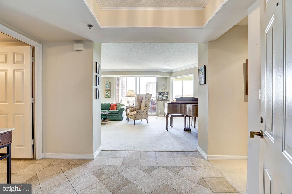5809 Nicholson Lane, #1114, Rockville, MD 20852