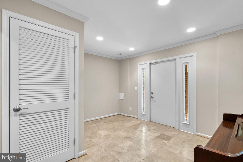 4704 Norbeck Road, Rockville, MD 20853