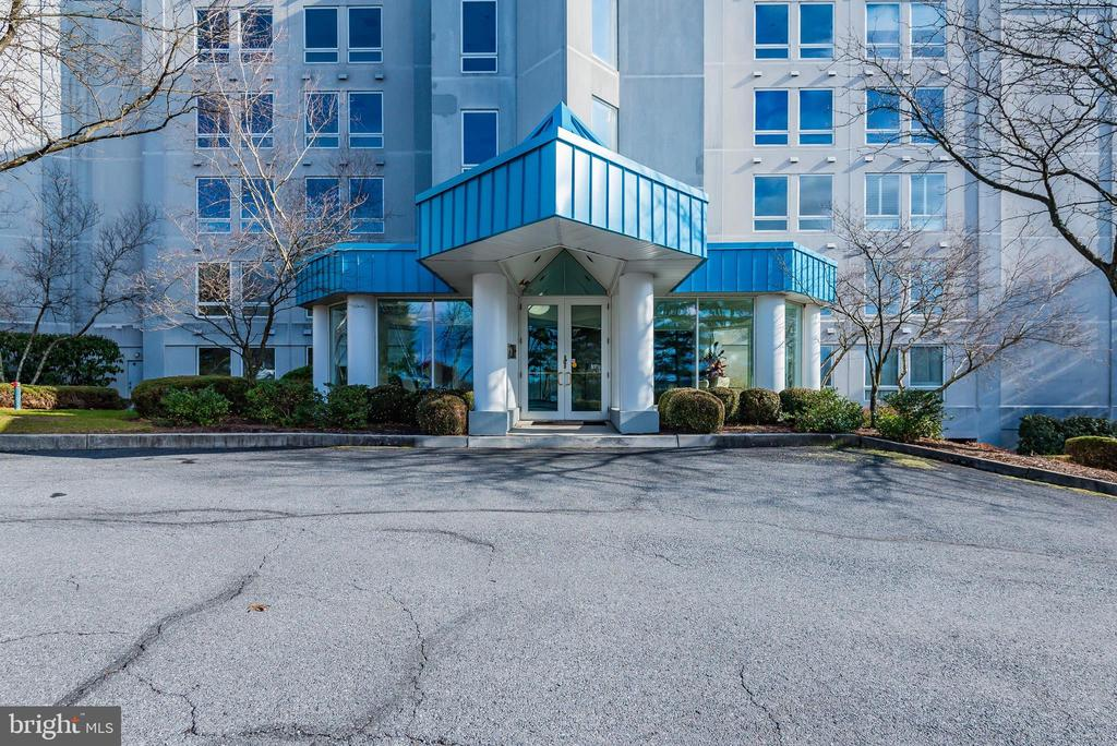 1510 Waterford, #1510, Camp Hill, PA 17011