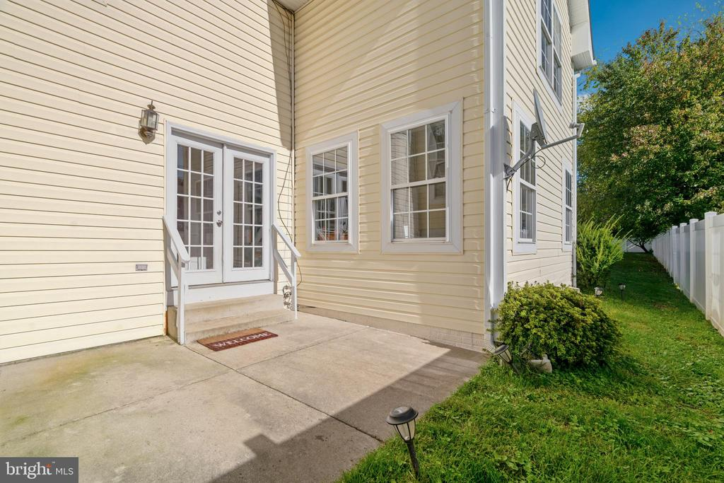 14196 Travilah Road, Rockville, MD 20850