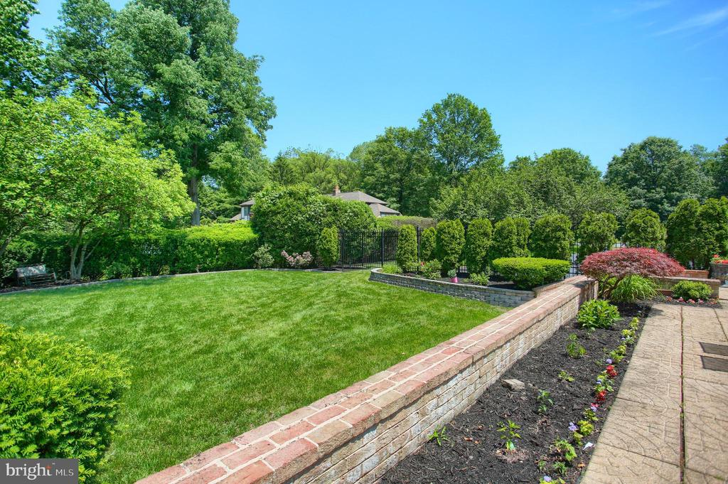 1712 West Olmsted Way, Camp Hill, PA 17011