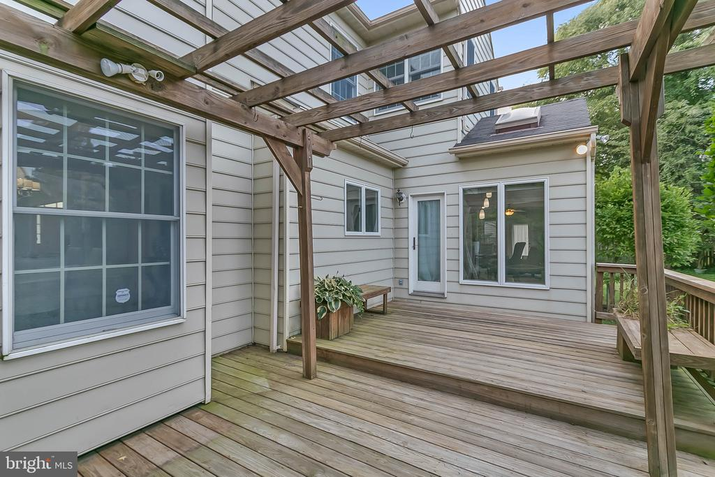 7 Mojave Court, Rockville, MD 20850