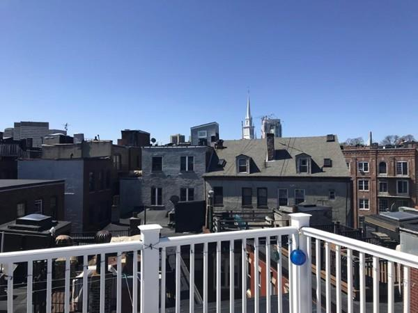 402 Commercial St, #4, Boston, MA 02109