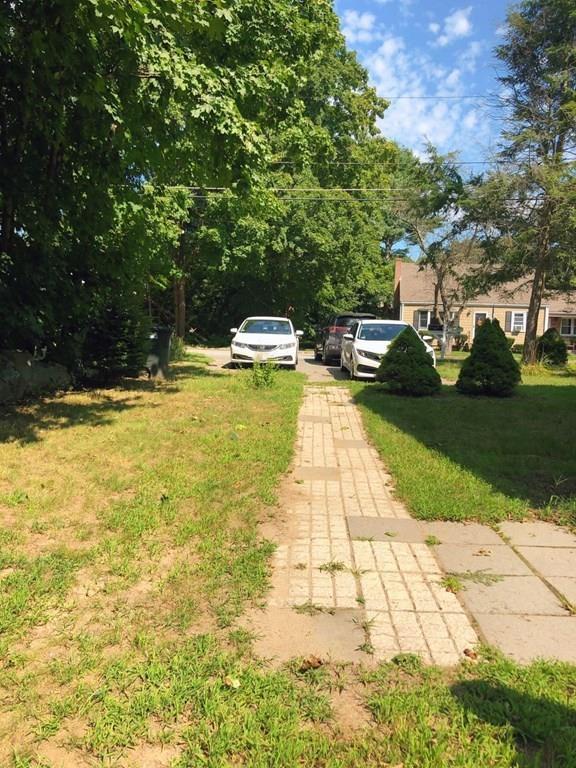 5 Willow St, #5, Foxboro, MA 02035