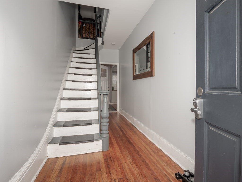 19 White St, Boston, MA 02128