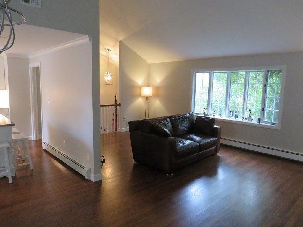 38 Chatham Rd, Norwood, MA 02062