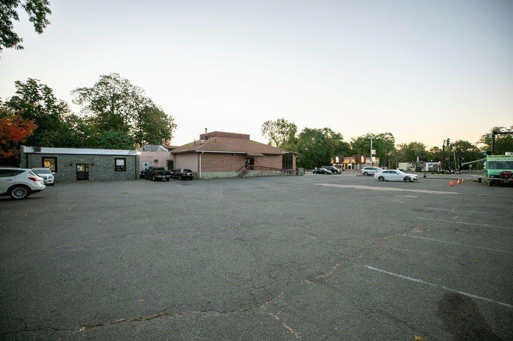 1217 State St, Springfield, MA 01109