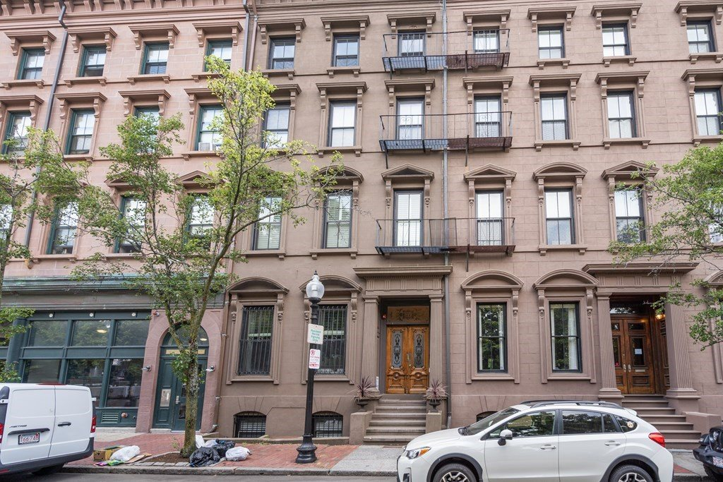 37 W Newton St, #2, Boston, MA 02118