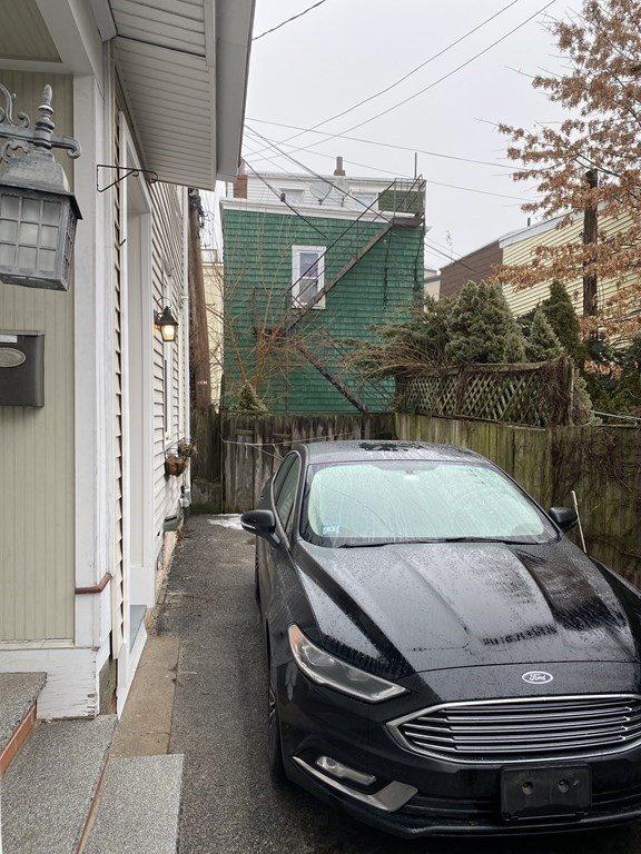 4 Goodwin Ct, Boston, MA 02127