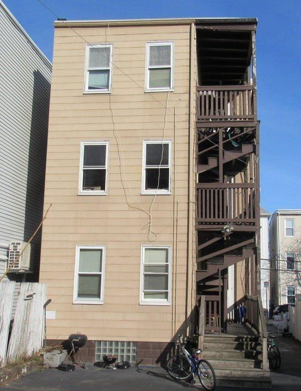 249 Everett St, Boston, MA 02128