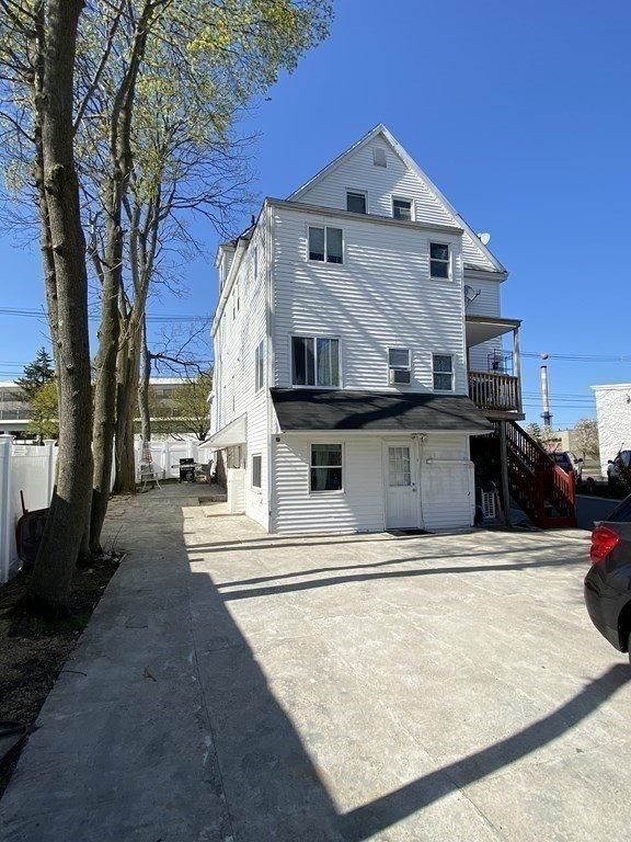 19 E Hoyle St, Norwood, MA 02062