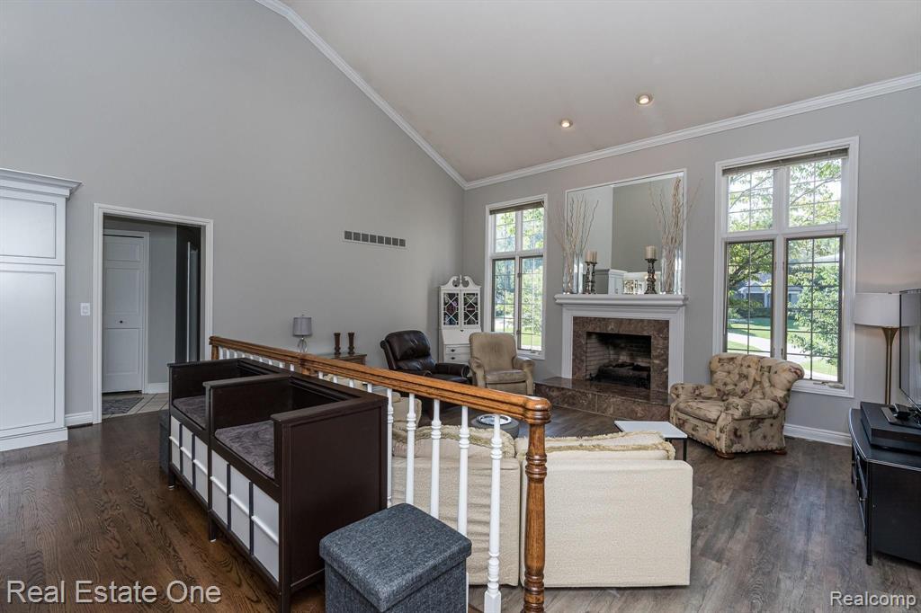 1340 New Love Lane, Rochester Hills, MI 48309
