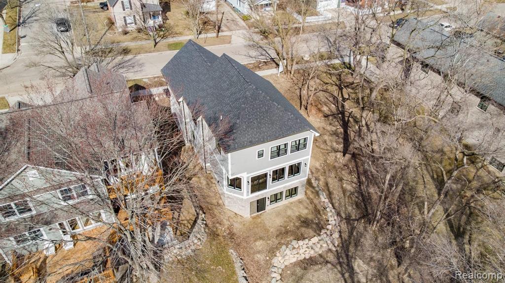 321 West 2ND Street, Rochester, MI 48307