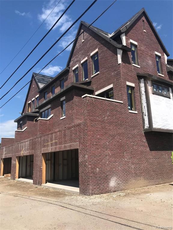 527 Pine Street, #3, Rochester, MI 48307